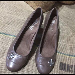 "Aerosoles 3"" heels"